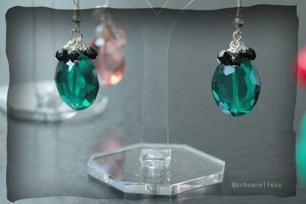Ohrhänger Sterlingsilber mit smaragdgrünem, facettiertem Glas