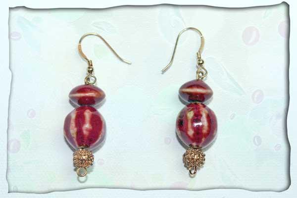 Ohrhänger vergoldet mit rotem Porzellan